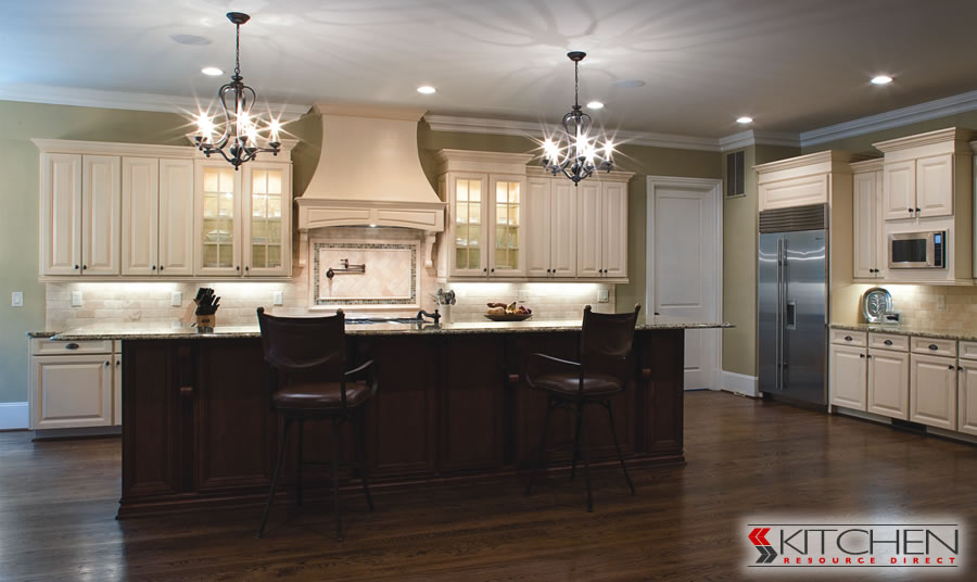 Traditional Twotone Kitchen Gorgeous Painting Kitchen Cabinets